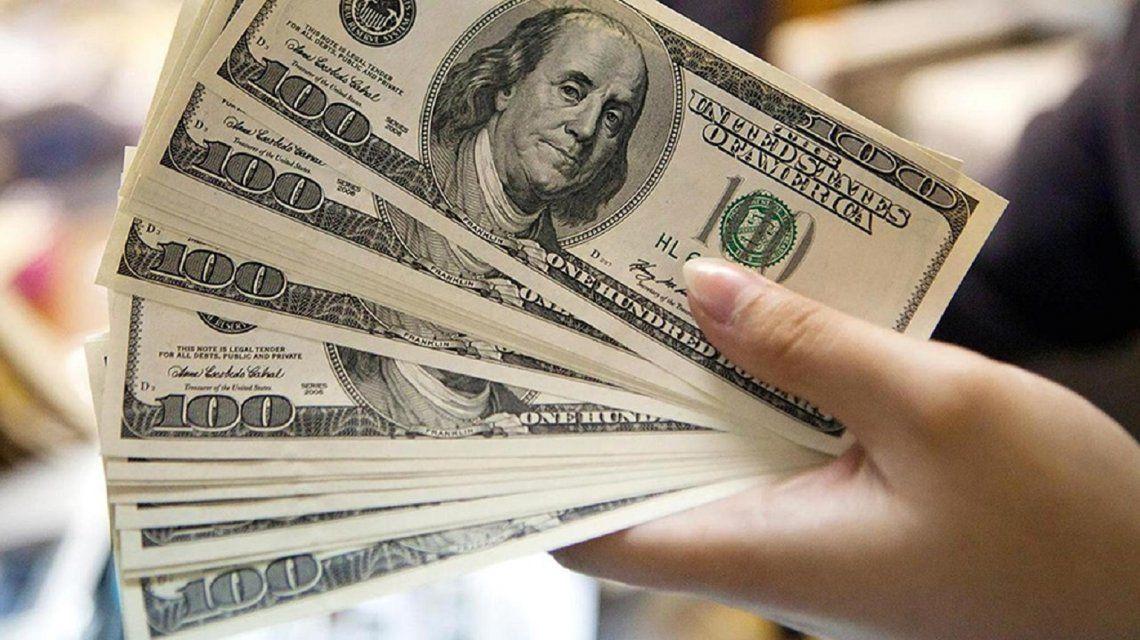 El dólar superó su máximo histórico: trepó 22 centavos y cerró a $ 19,66