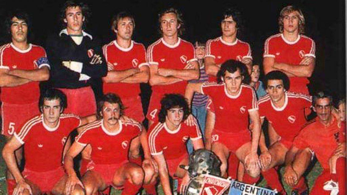 Formación de Independiente campeón del Nacional 1977