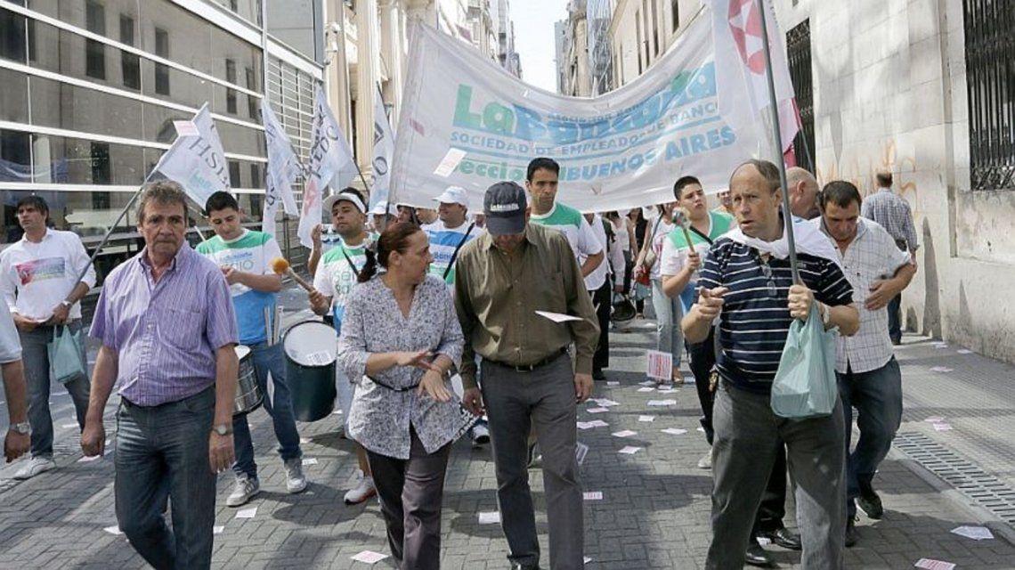 La Bancaria reclama paritarias libres