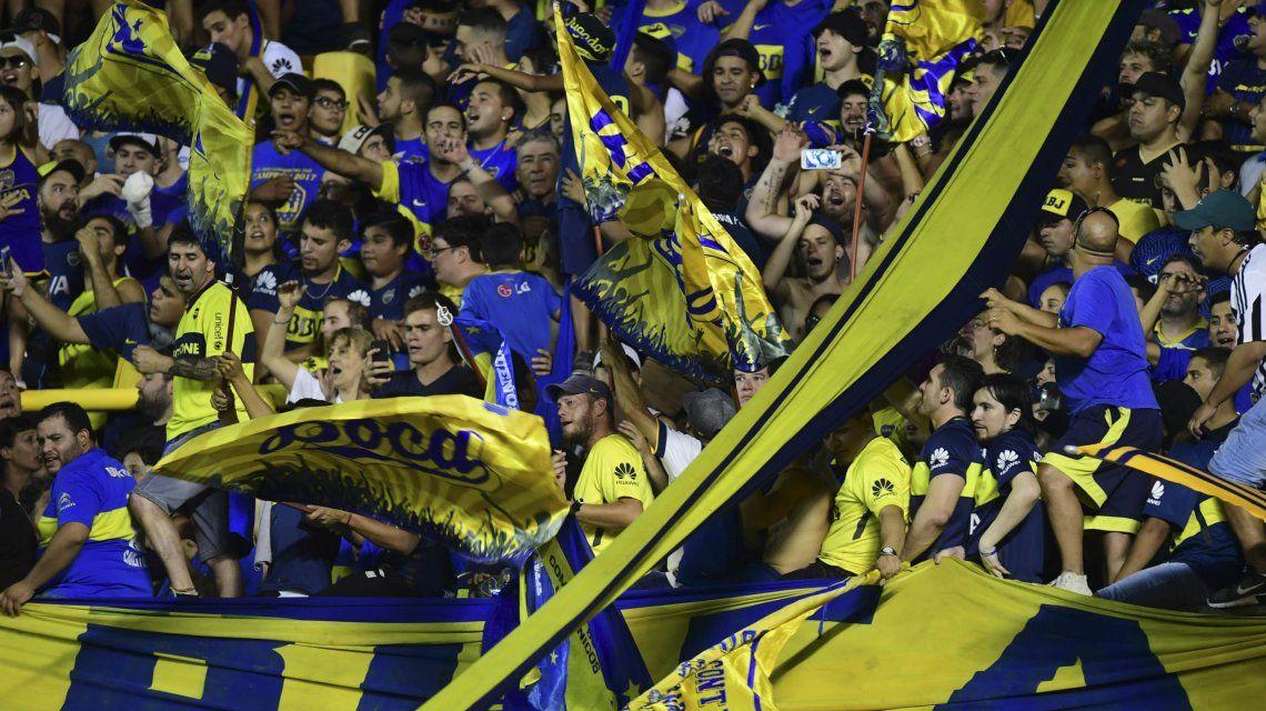 Expectativa total: hoy comienza la venta de entradas para la primera final entre Boca y River