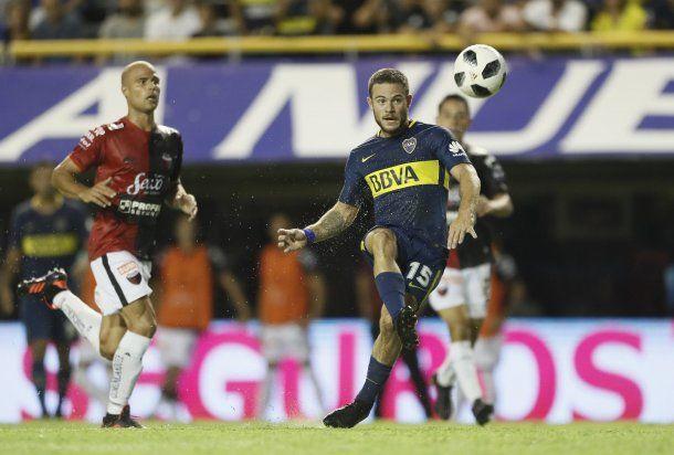 Nahitán Nandez ante Colón - Crédito: @BocaJrsOficial