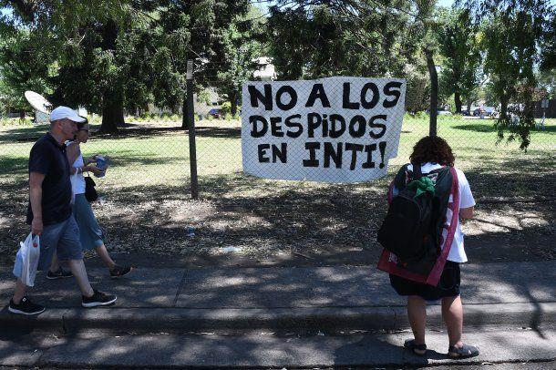 El gobierno de Macri anunció 250 despidos en el INTI<br>