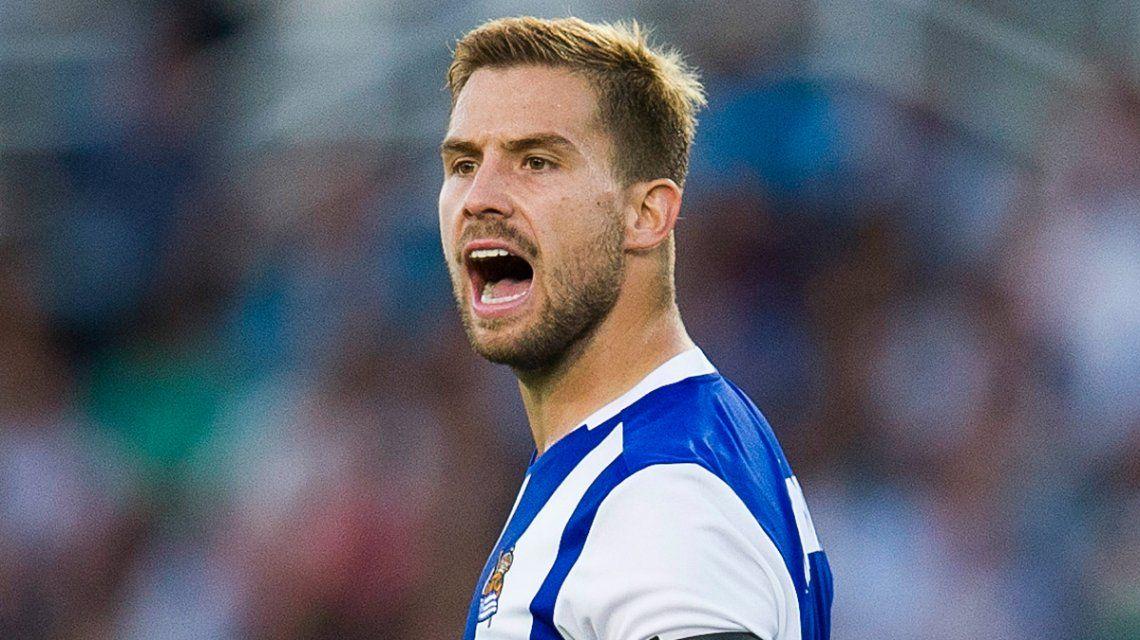 Iñigo Martínez deja la Real Sociedad para irse al Athletic de Bilbao