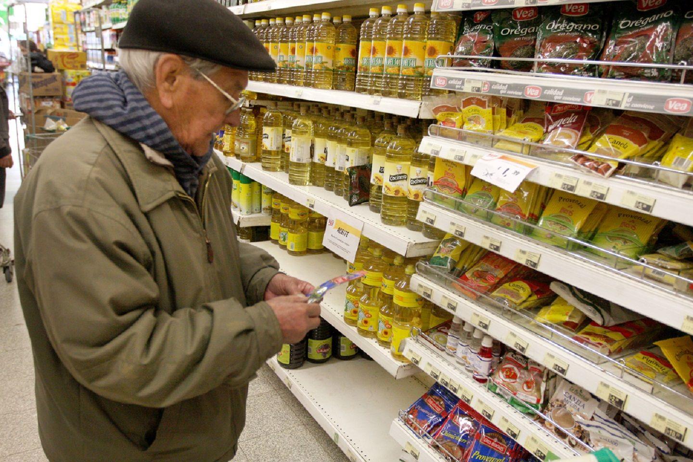 El ajuste también llegó a los jubilados: el Gobierno no actualiza la devolución de IVA