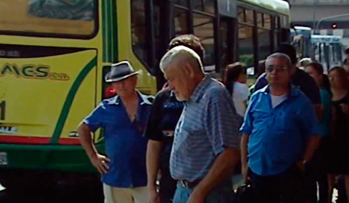 Los pasajeros opinan sobre el aumento de las tarifas