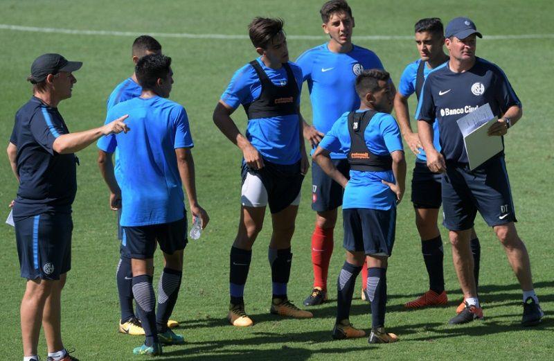 Fabricio Coloccini, que no juega hace 7 meses, será titular en San Lorenzo ante el líder Boca