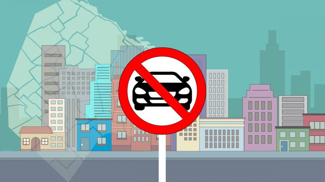 Multarán a autos y motos que entren sin permiso a la zona peatonal del centro porteño