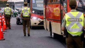 Chile: un turista argentino quiso coimear a un carabinero y quedó detenido