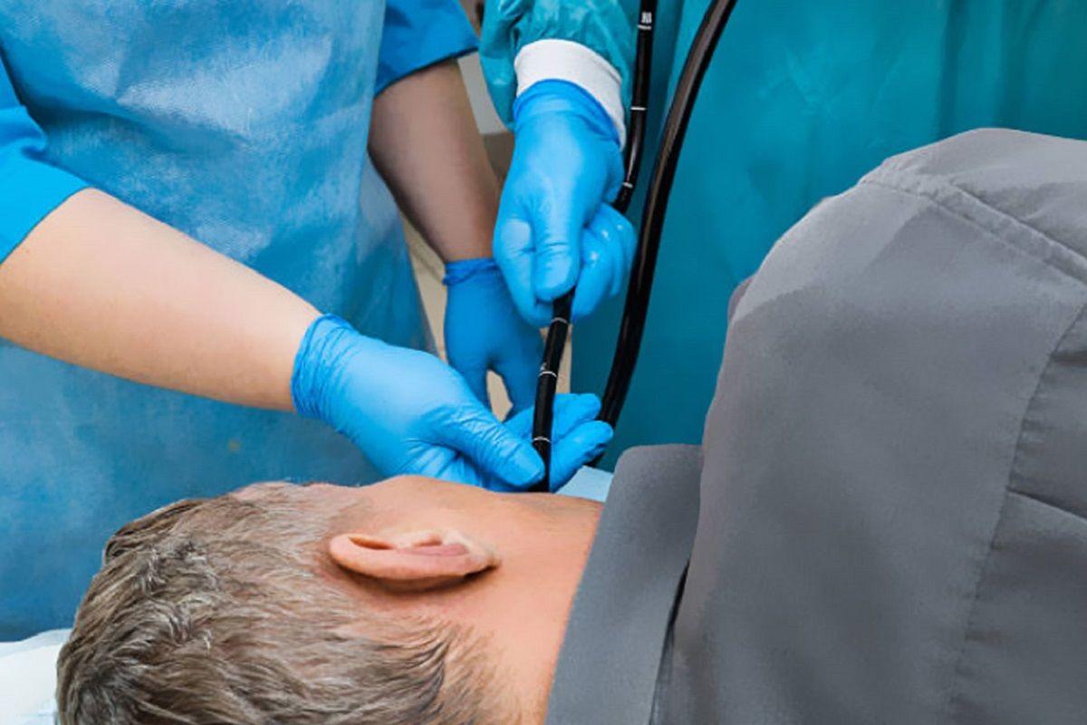 Murió Pérez Volpin: ¿para qué sirve una endoscopía y qué riesgos tiene?