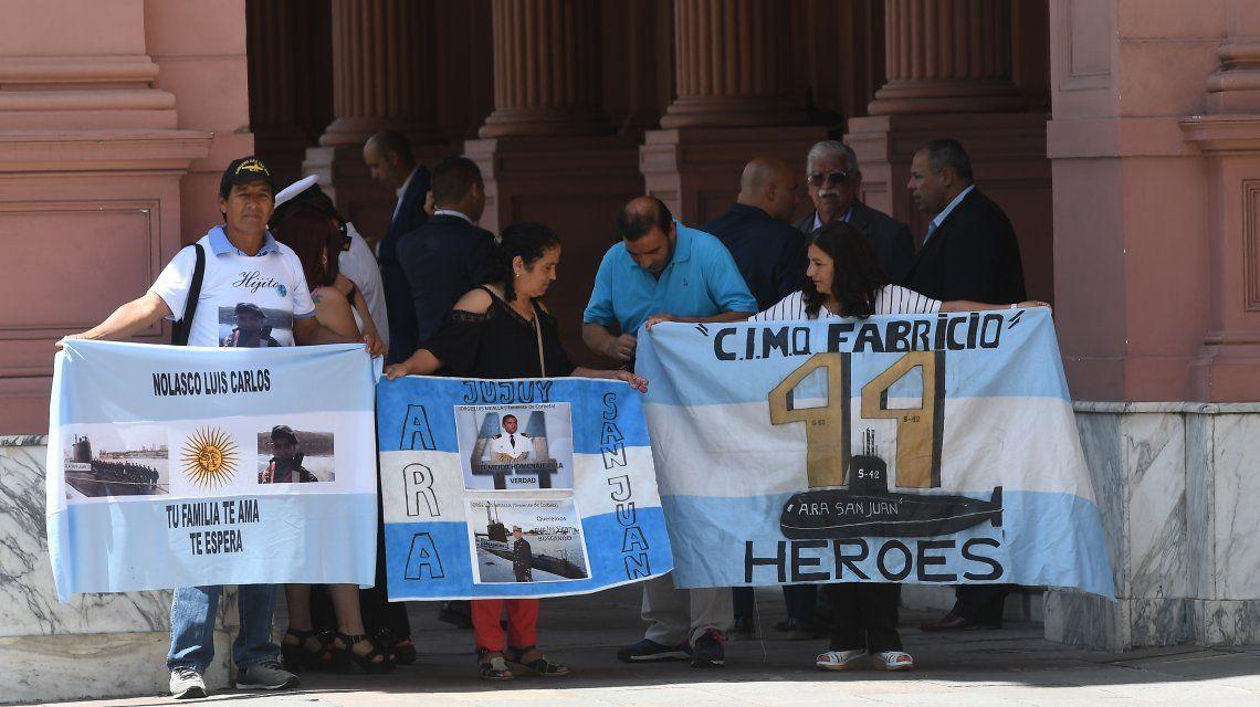 Familiares de los tripulantes del submarino ARA San Juan en Casa Rosada.