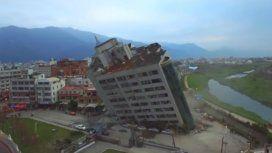 El terremoto de 6,4 grados sacudió la isla y la dejó enclenque