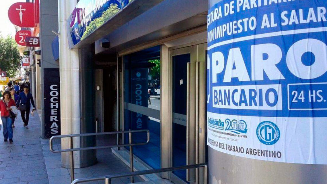 Este viernes paran los bancos de todo el país