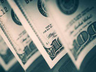 en dos meses, el banco central vendio us$4.500 millones para mantener el dolar a $20