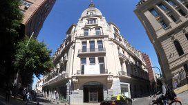 En pleno San Telmo se encuentra el Palacio Raggio