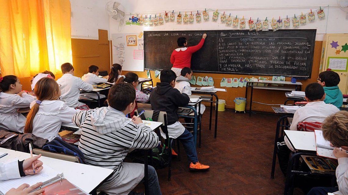 Polémica propuesta: quieren que los docentes se hagan controles antidoping