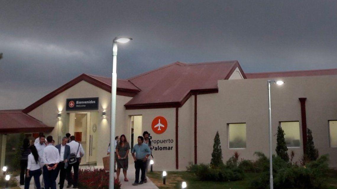 El vuelo de Flybondi que inauguraba el aeropuerto de El Palomar llegó a Ezeiza