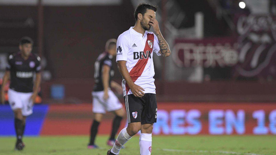 Scocco se lamenta por una nueva derrota del Millonario