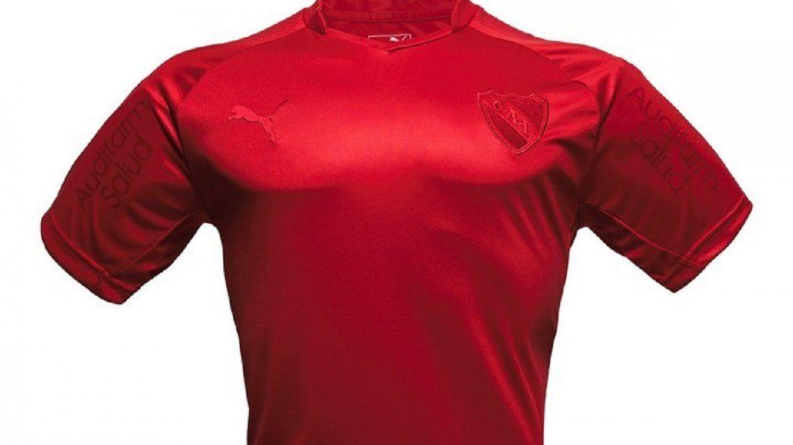 La camiseta de Independiente para la Recopa - Crédito:Marca de Gol