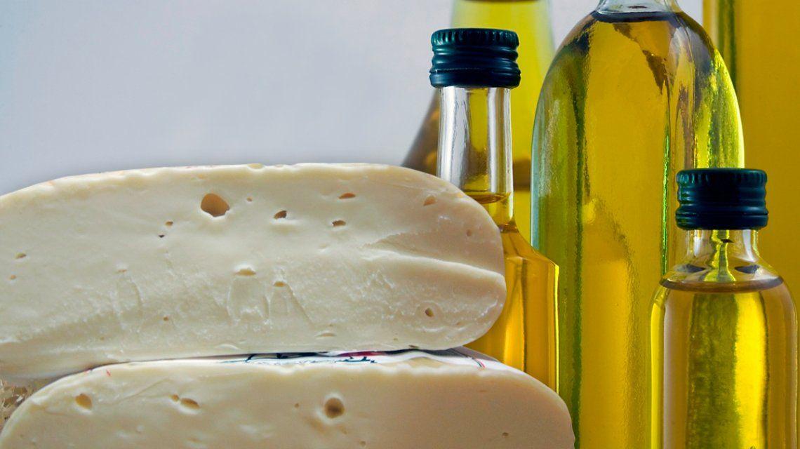 Un queso cremoso y un aceite de oliva fueron prohibidos por la ANMAT