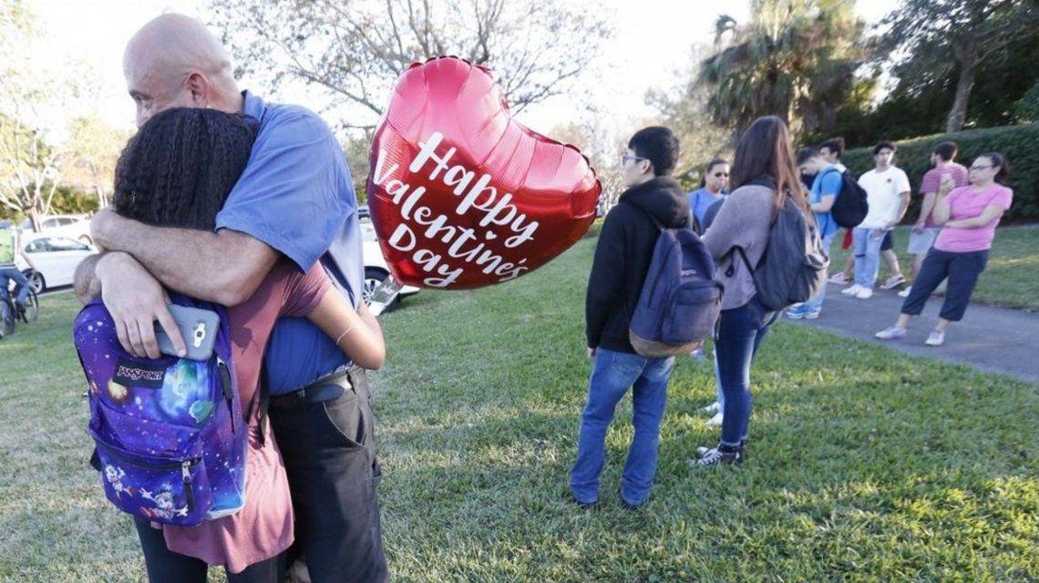 Al menos 17 muertos en un tiroteo en una escuela de Florida: el atacante fue detenido