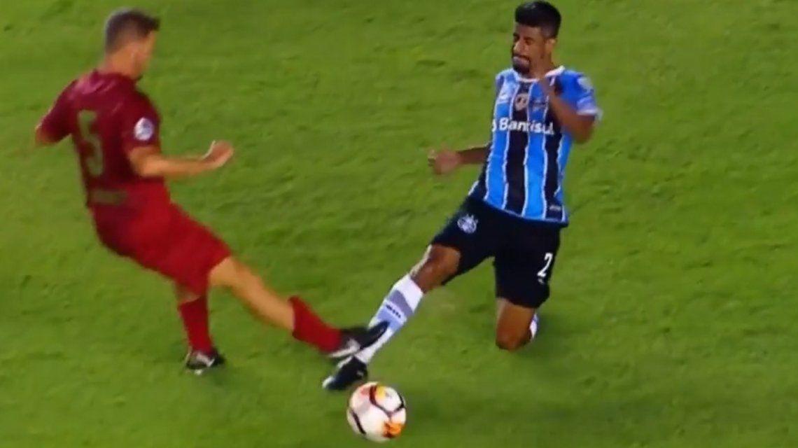 Nicolás Domingo le va con todo al brasileño Leonardo Moura