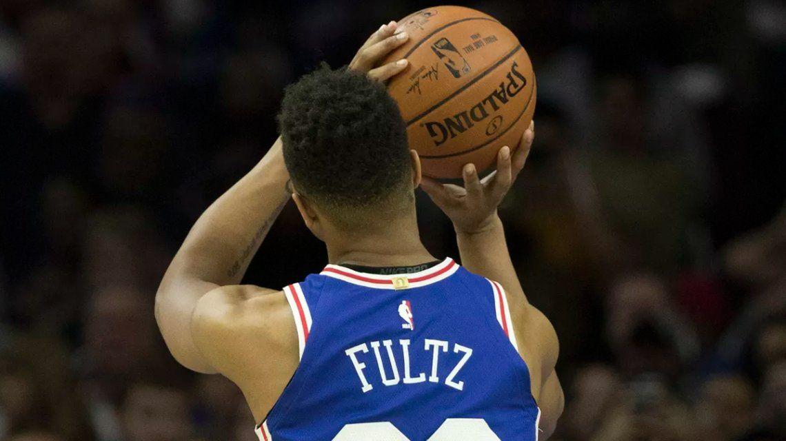 NBA: Fultz, la estrella que se olvidó de cómo tirar