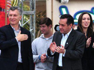 Alejandro Finocchiaro, ministro de educación nacional junto a Mauricio Macri y María Eugenia Vidal