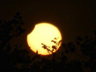 el primer eclipse solar del ano se pudo ver en gran parte del pais