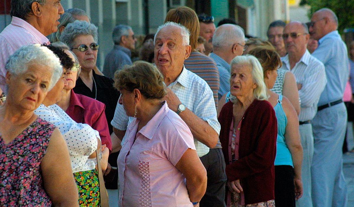 Irrisorio aumento: suben 100 pesos los haberes de más de un millón de jubilados