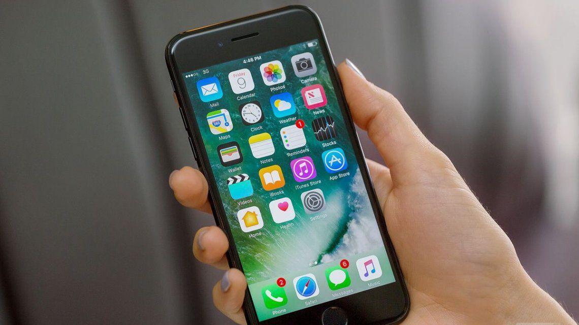 Una mujer denunció que el iPhone que le robaron a su padre está en una comisaría