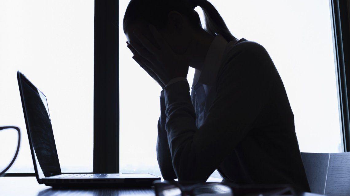 ¡Una ayuda para muchos! Se podrá alertar sobre conductas suicidas en Twitter