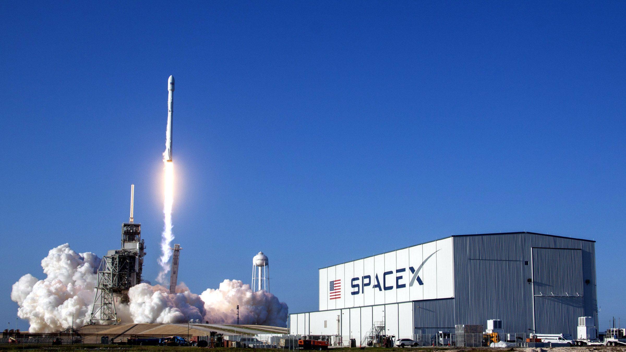 ¿Internet para todos y desde el espacio? El millonario Elon Musk sueña con eso
