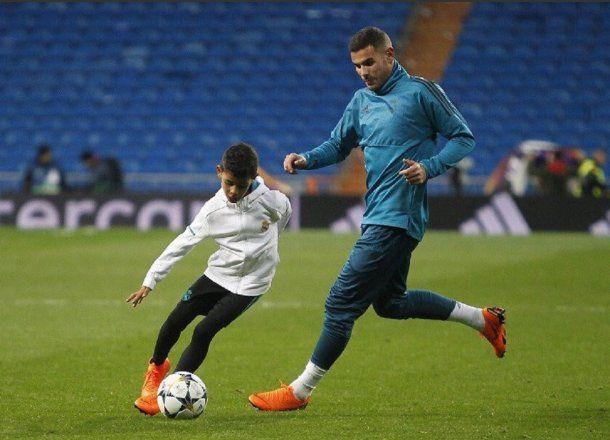 El hijo de Cristiano Ronaldo la rompe - Crédito: @Realmadridplace<div><br></div>