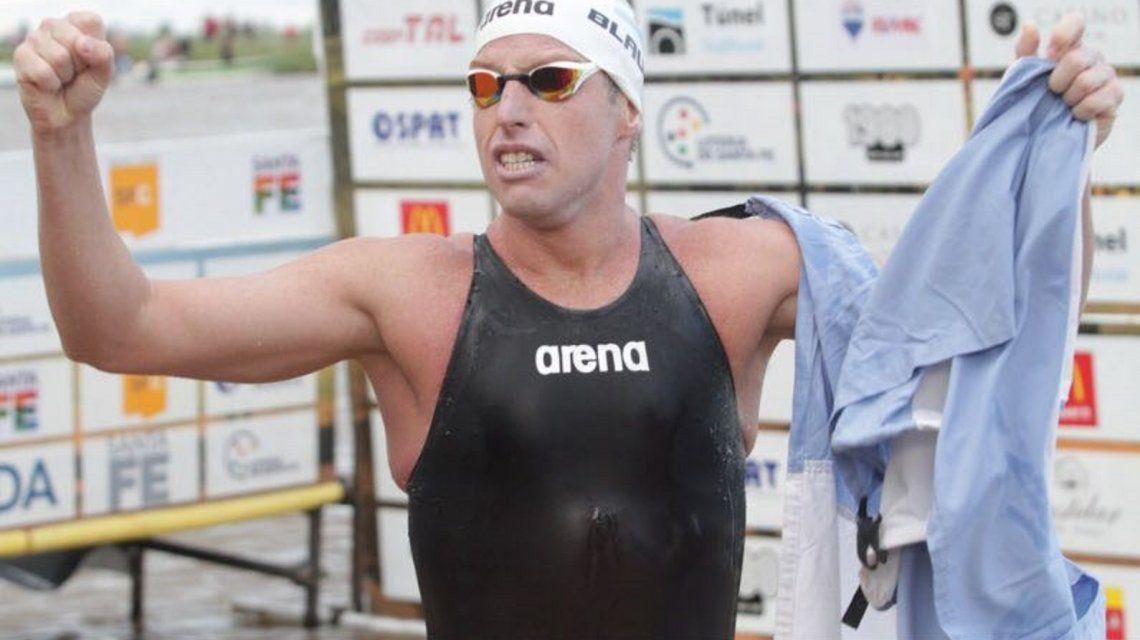 Hazaña en el Río de La Plata: Damián Blaum cruzó nadando de Colonia a Punta Lara