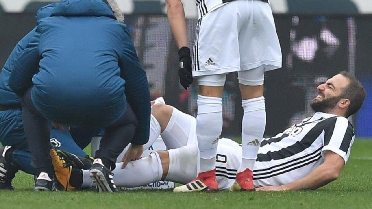 Nueva preocupación para Sampaoli: Gonzalo Higuaín se fue lesionado en el derby de Turín