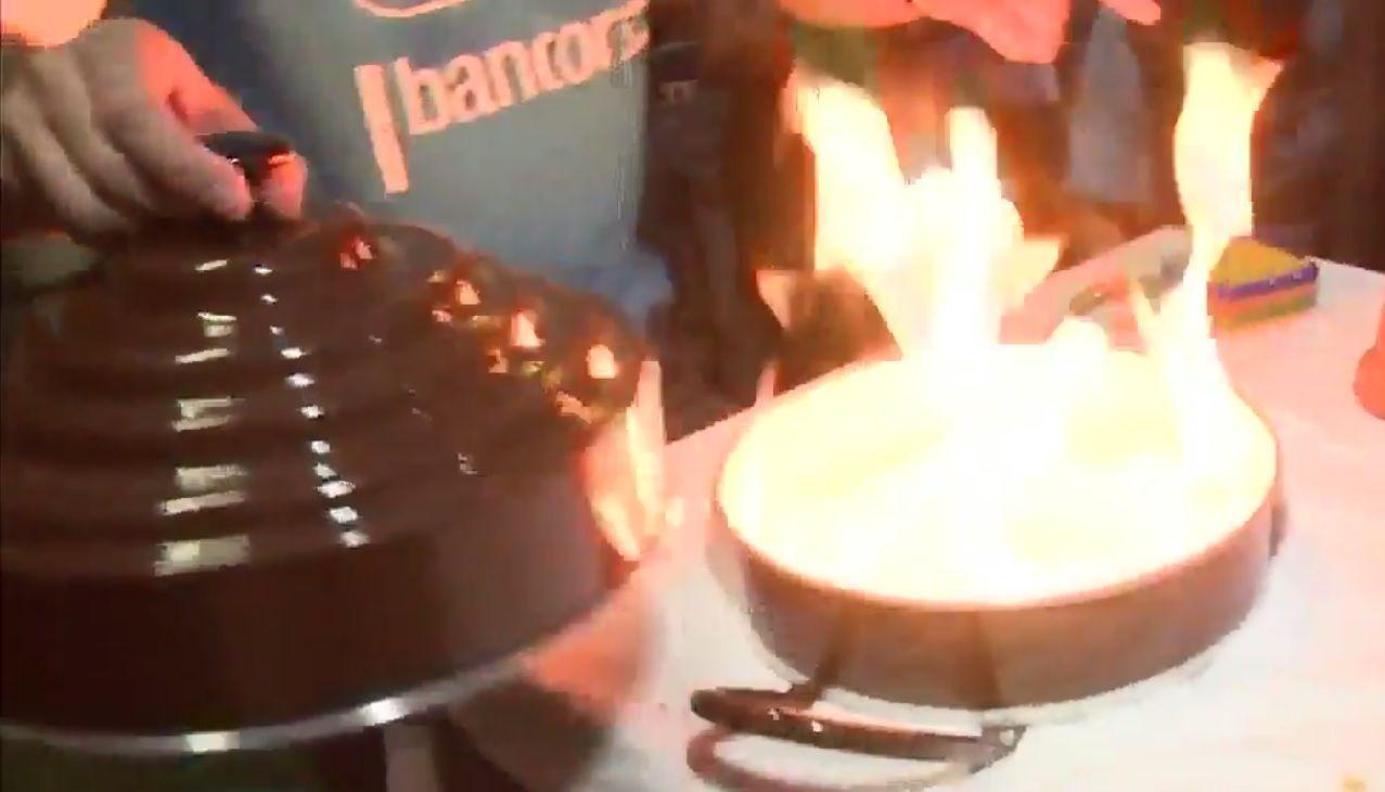 Willy Magia quemó los sandwiches de miga