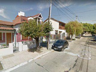 sacaba el auto y lo mataron para robarselo: por favor, vecinos, ayudenme