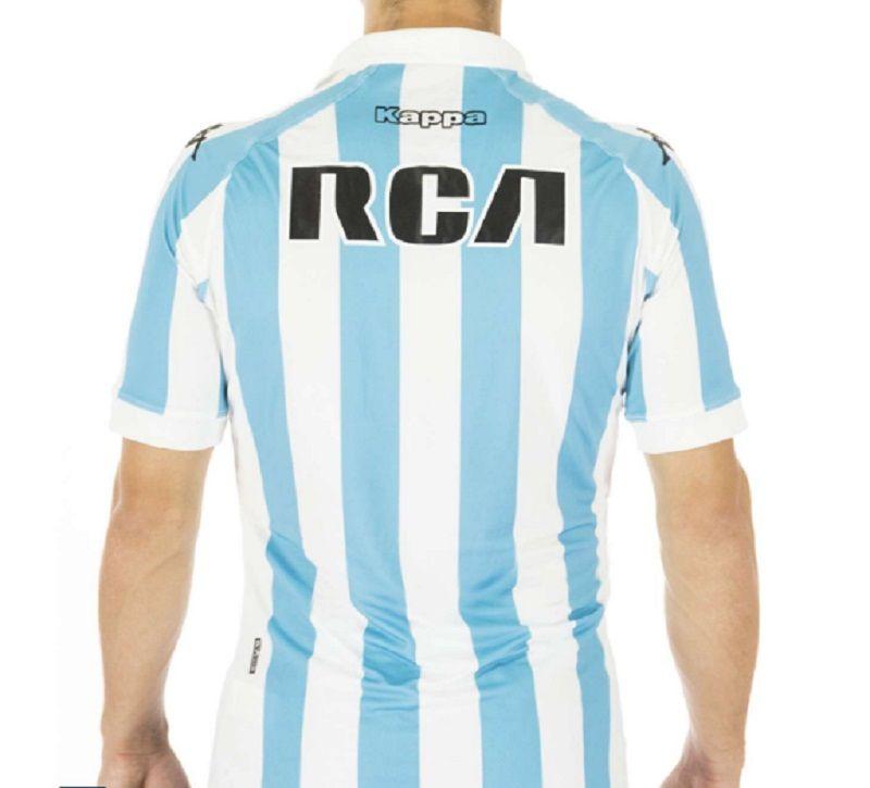 De estreno: Racing ya tiene su flamante camiseta que estrenará en la Copa