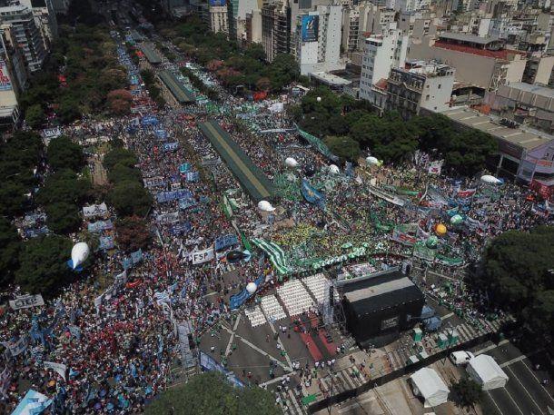 <p>Marcha de Moyano contra el Gobierno.</p>