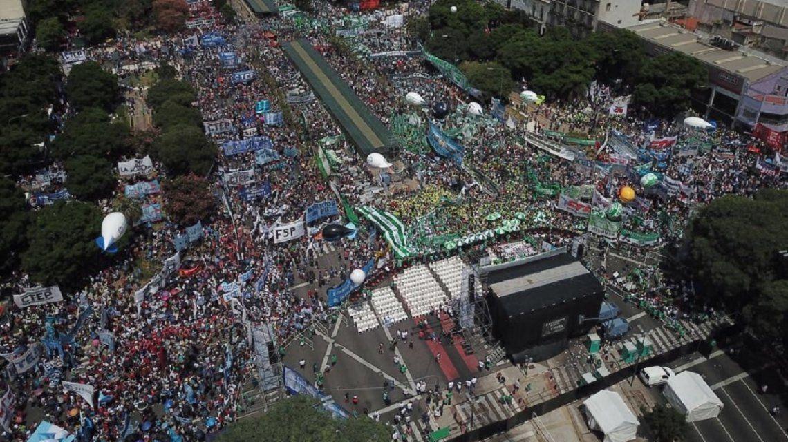 Marcha de Moyano contra el Gobierno.