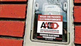 Electrodependientes se identifican con este cartel