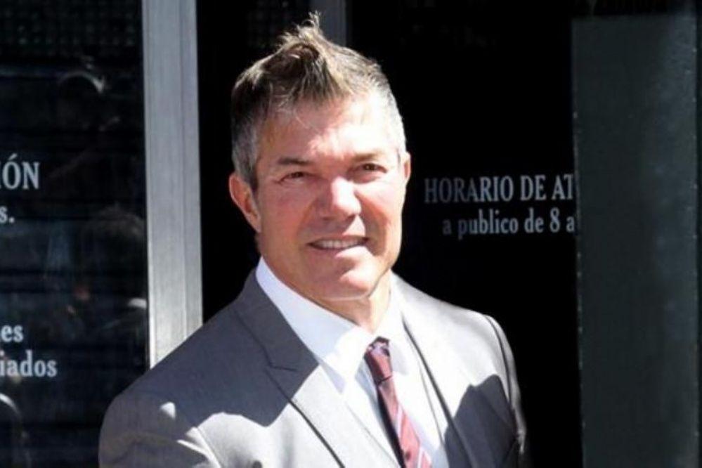 Fernando Burlando.
