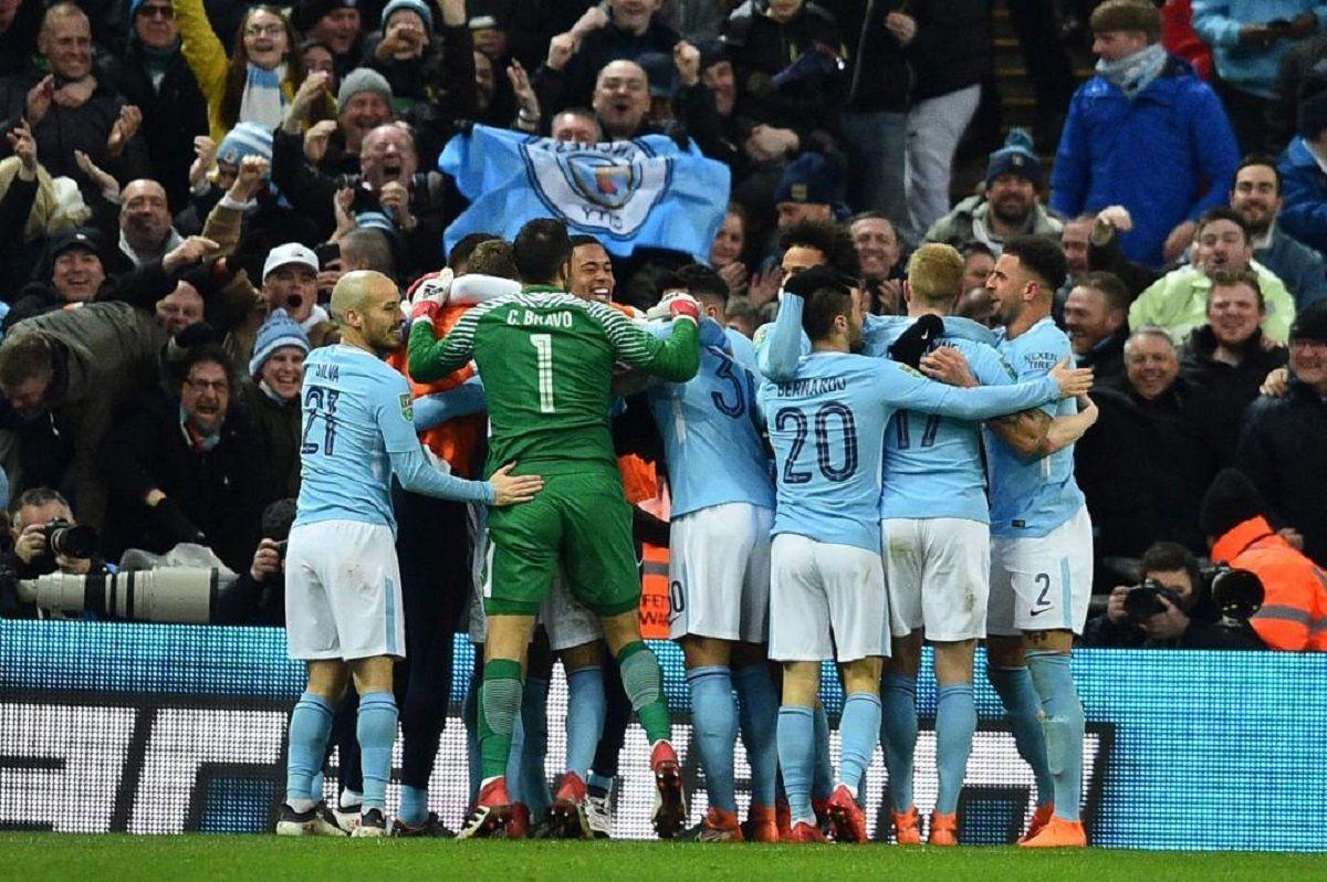 El Manchester City goleó al Arsenal y es el nuevo campeón de la Copa de la Liga