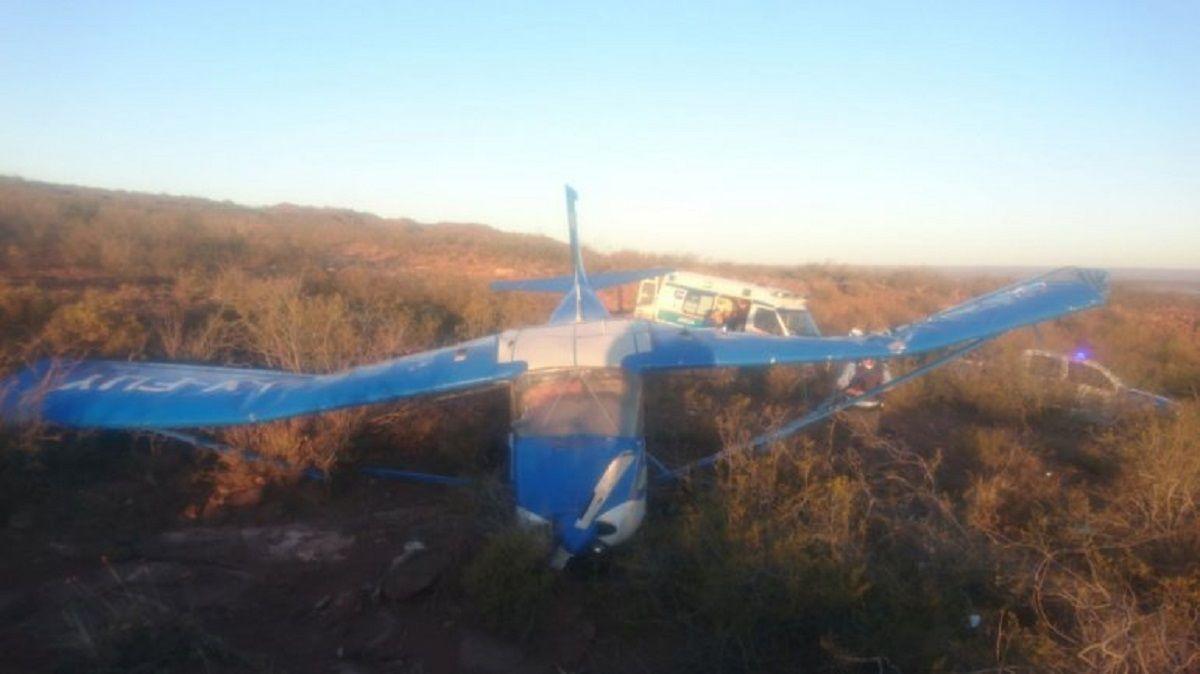 Avioneta en El Chocón