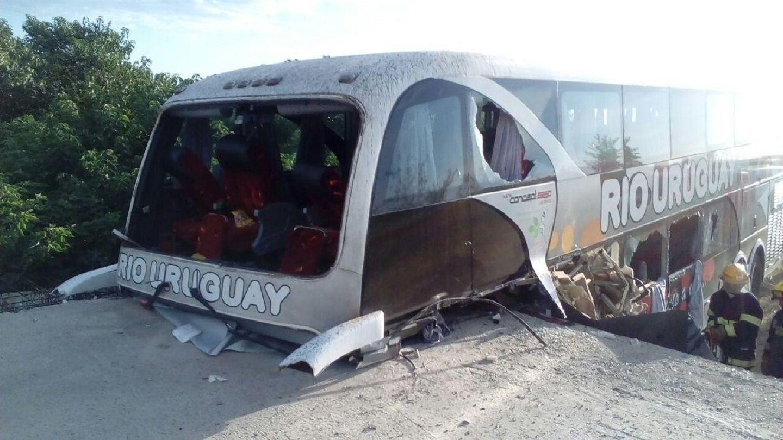 Tragedia del micro en Entre Ríos: falleció el padre de uno de los chicos