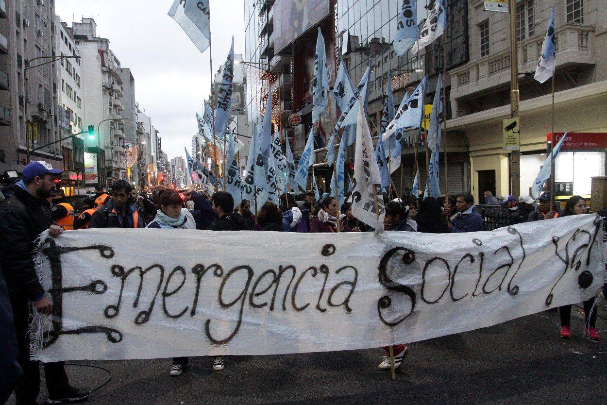 El Gobierno exigirá que los beneficiarios de planes sociales terminen la escuela