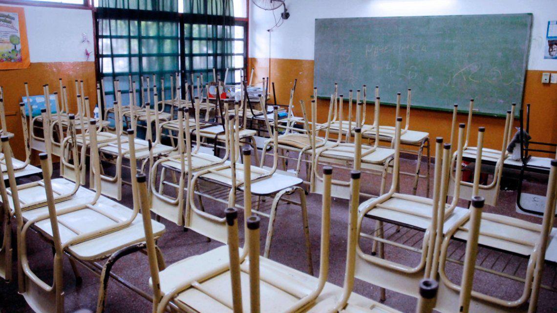 Los docentes porteños anunciaron un paro para el lunes y martes