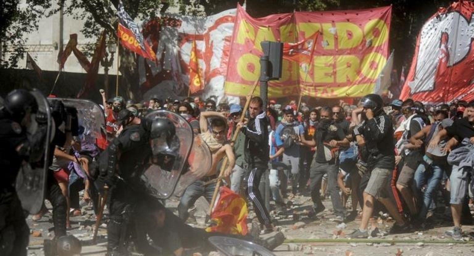 Reforma previsional: dos manifestantes del PO volverán a la cárcel por los incidentes de diciembre