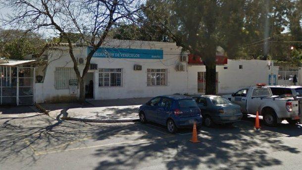 Las oficinas de la Dirección General de Tránsito de Rosario, donde sucedió el insólito episodio.
