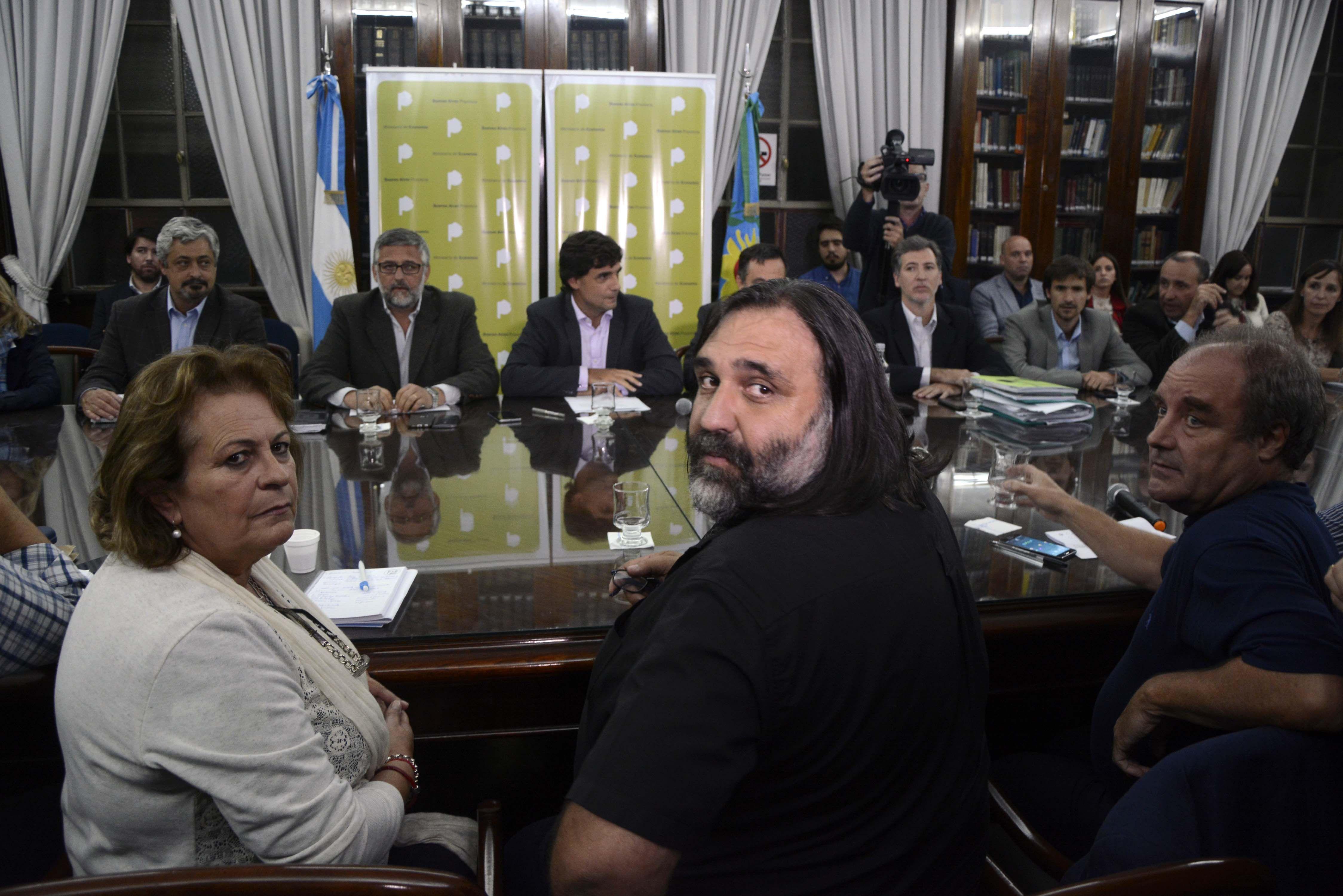 Sigue el conflicto: los docentes rechazaron la nueva oferta de la Provincia